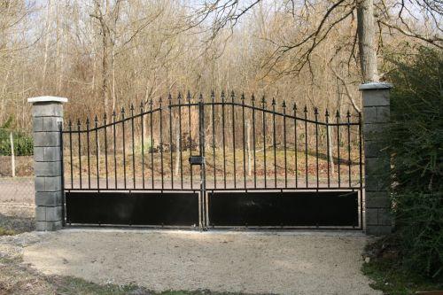 2 portail romilly 24  fev 001.jpg