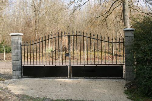 portail romilly 24 fev 001.jpg