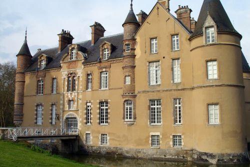 la motte chateau 30 mars 043.jpg